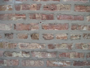 This is a Common Bond brick wall, which you can tell from the row of headers in the center of the photo. (Chicago)